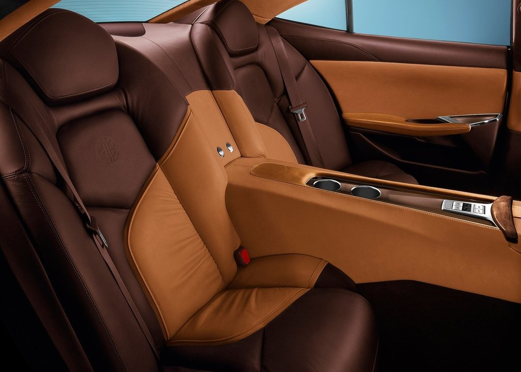 2012 Fisker Karma Seat (Photo 32 of 37)