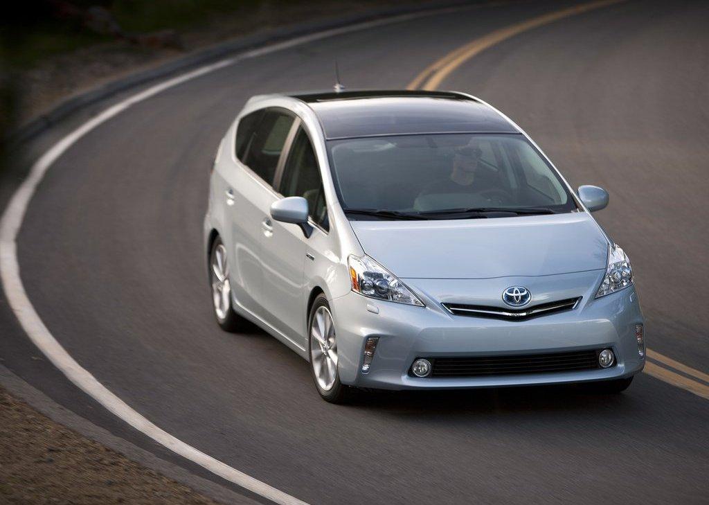 2012 Toyota Prius V (View 2 of 25)