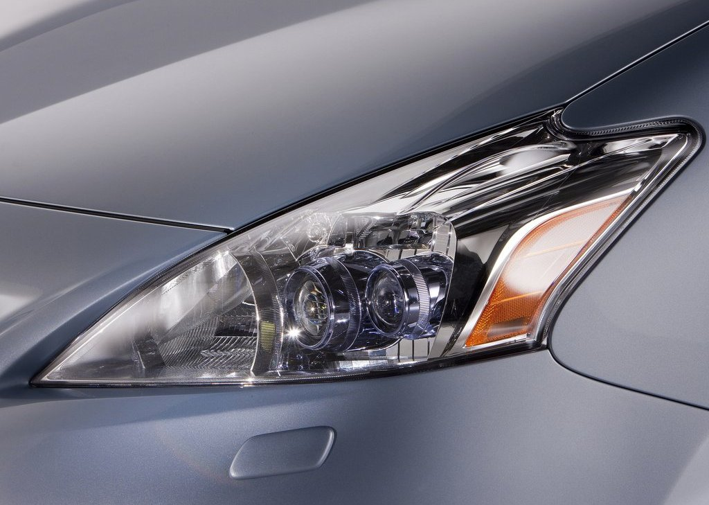 2012 Toyota Prius V Head Lamp (View 13 of 25)