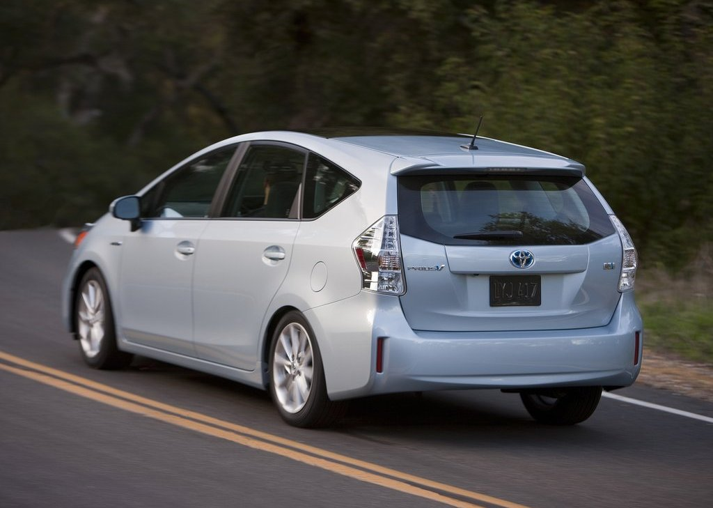 2012 Toyota Prius V Rear Angle (View 19 of 25)