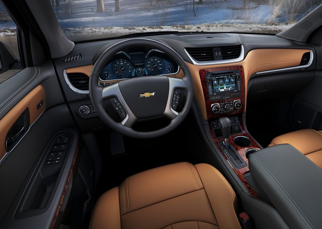 2013 Chevrolet Traverse Interior (Photo 6 of 10)