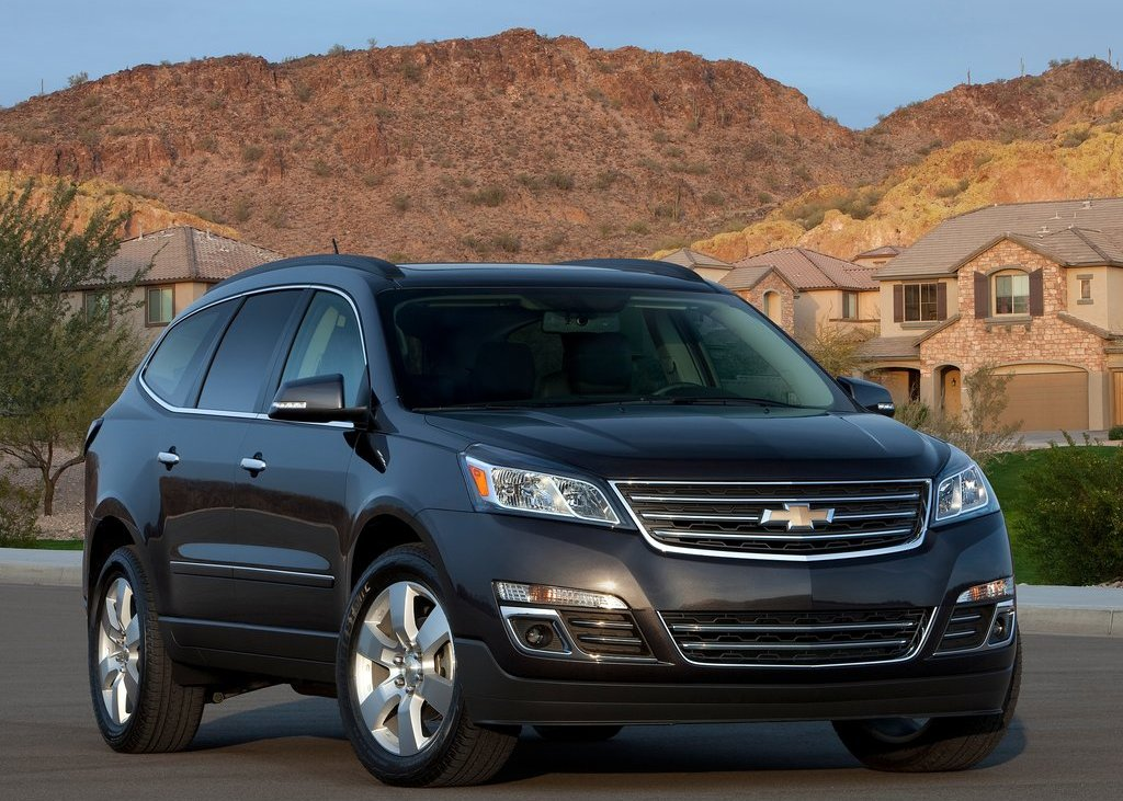 2013 Chevrolet Traverse (Photo 1 of 10)