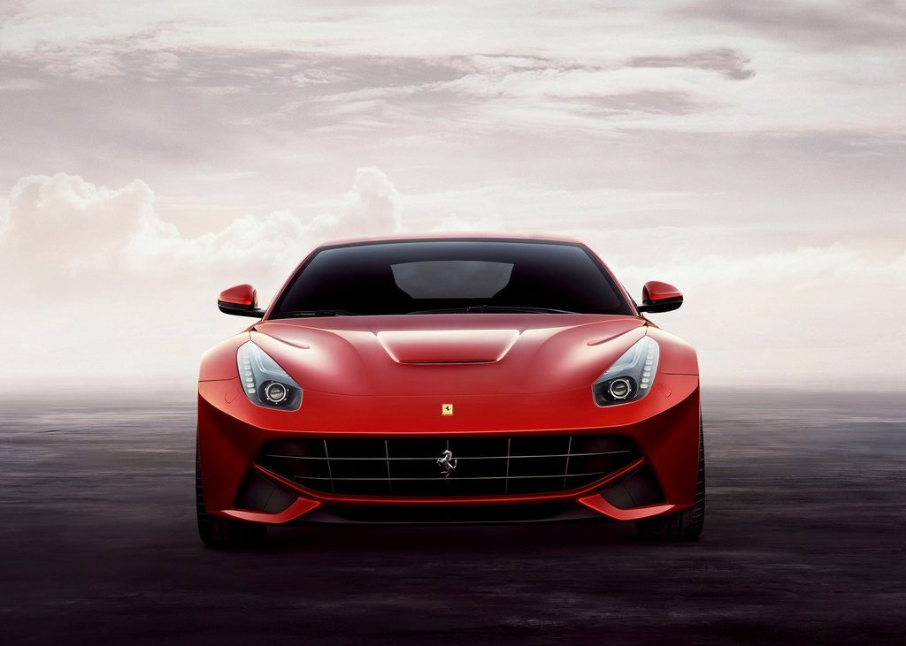 2013 Ferrari F12berlinetta Front (Photo 2 of 7)