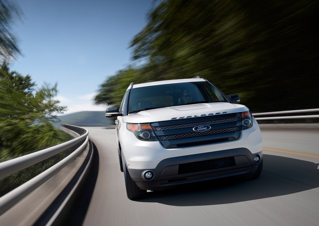 2013 Ford Explorer Sport Front (View 5 of 23)