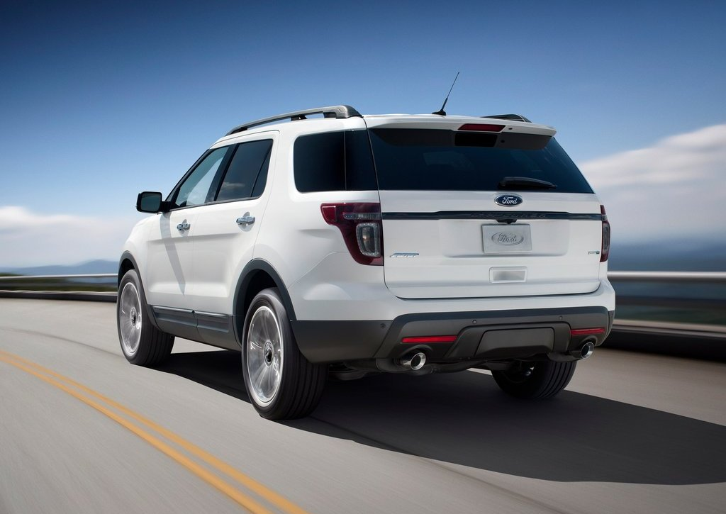 2013 Ford Explorer Sport Rear (Photo 17 of 23)