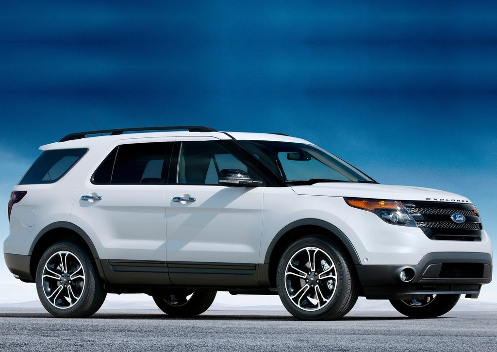 2013 Ford Explorer Sport Side (Photo 21 of 23)