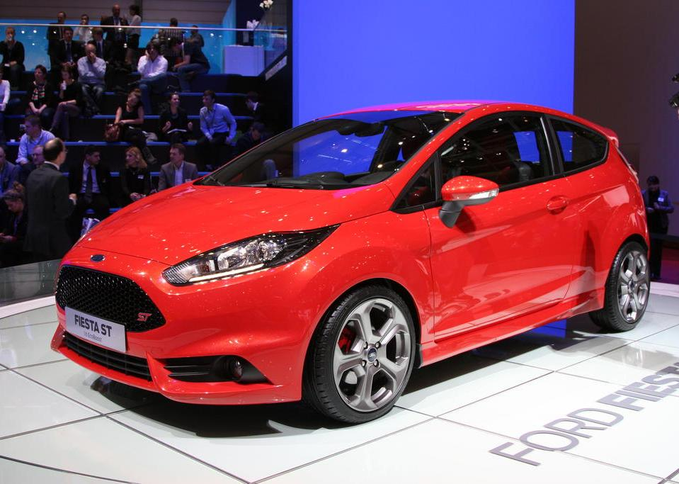 2013 Ford Fiesta ST (Photo 1 of 11)