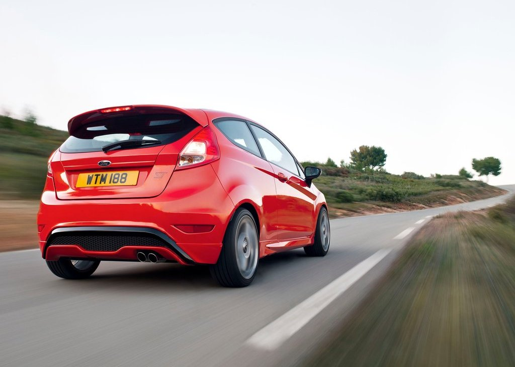 2013 Ford Fiesta ST Rear (Photo 9 of 11)