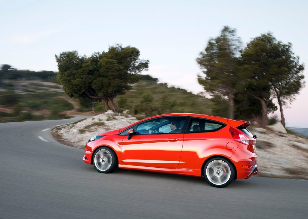 Featured Image of 2013 Ford Fiesta ST At 2012 Geneva