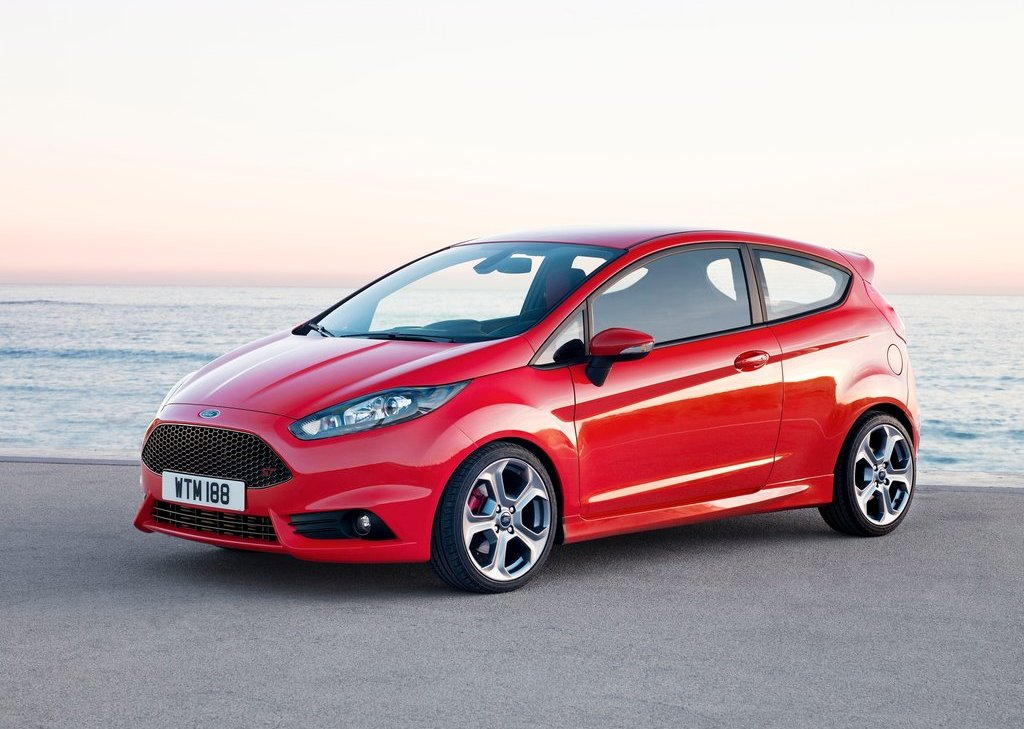 2013 Ford Fiesta ST (Photo 2 of 11)