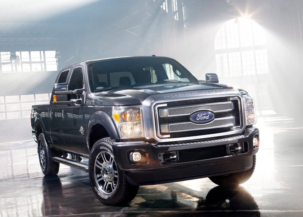2013 Ford Super Duty (Photo 1 of 18)