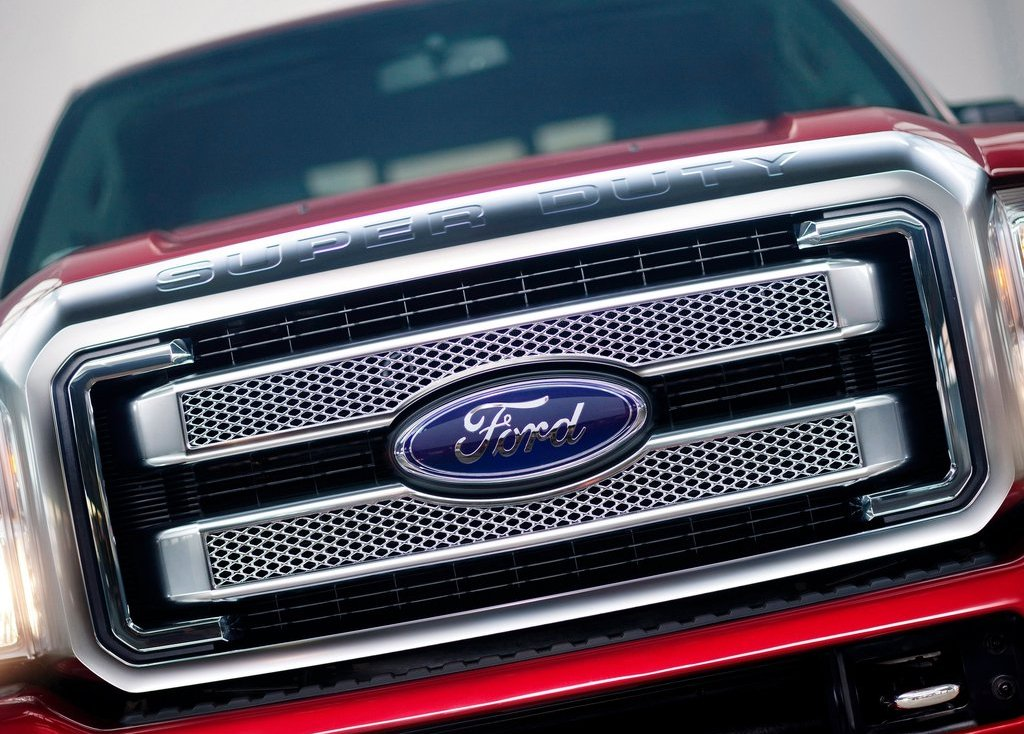 2013 Ford Super Duty Grill (Photo 8 of 18)