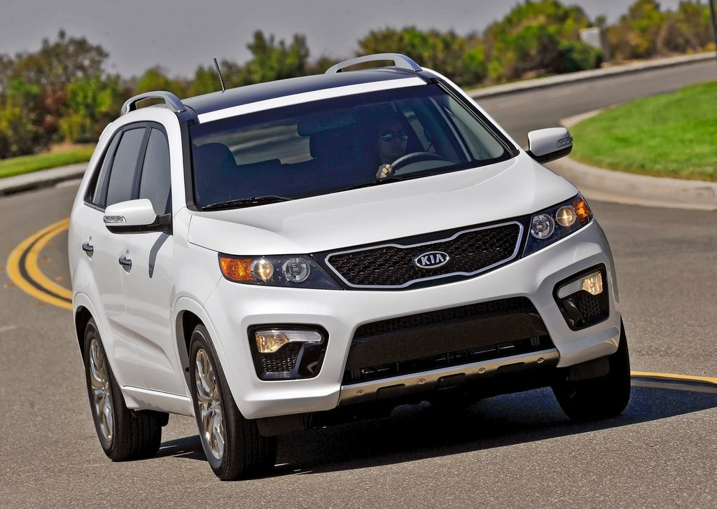 2013 Kia Sorento (Photo 1 of 23)