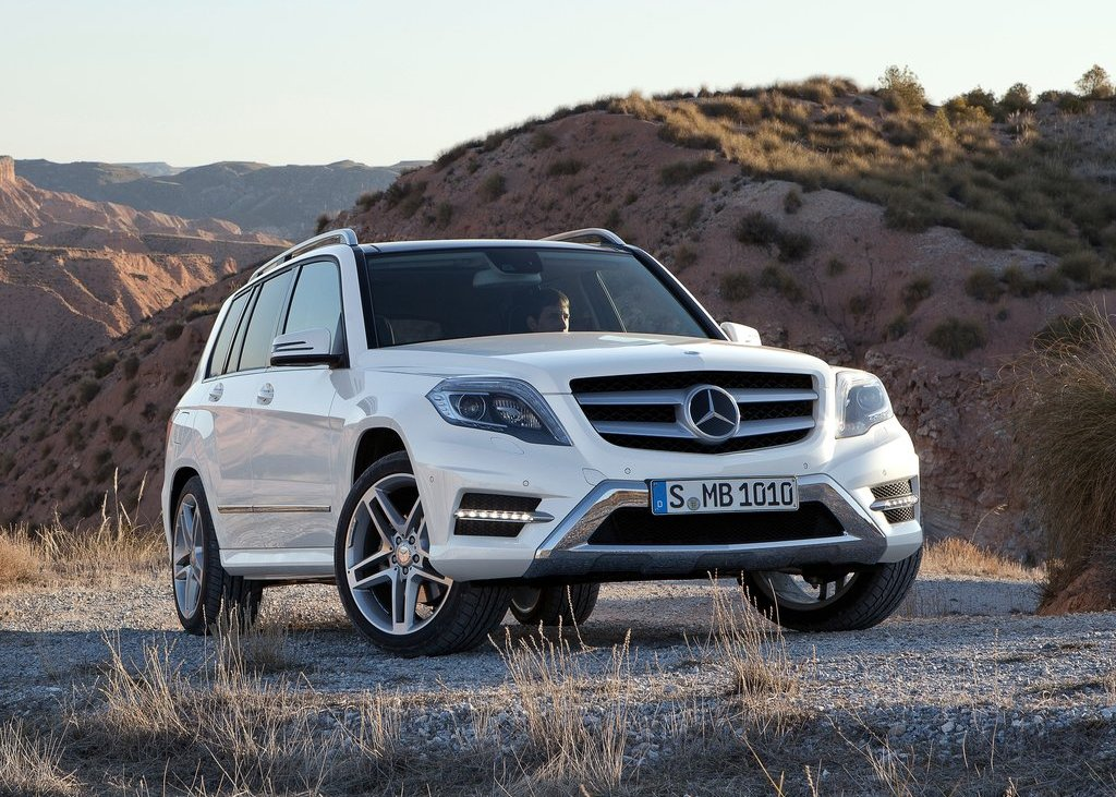 2013 Mercedes Benz GLK Class Front Angle (View 8 of 21)