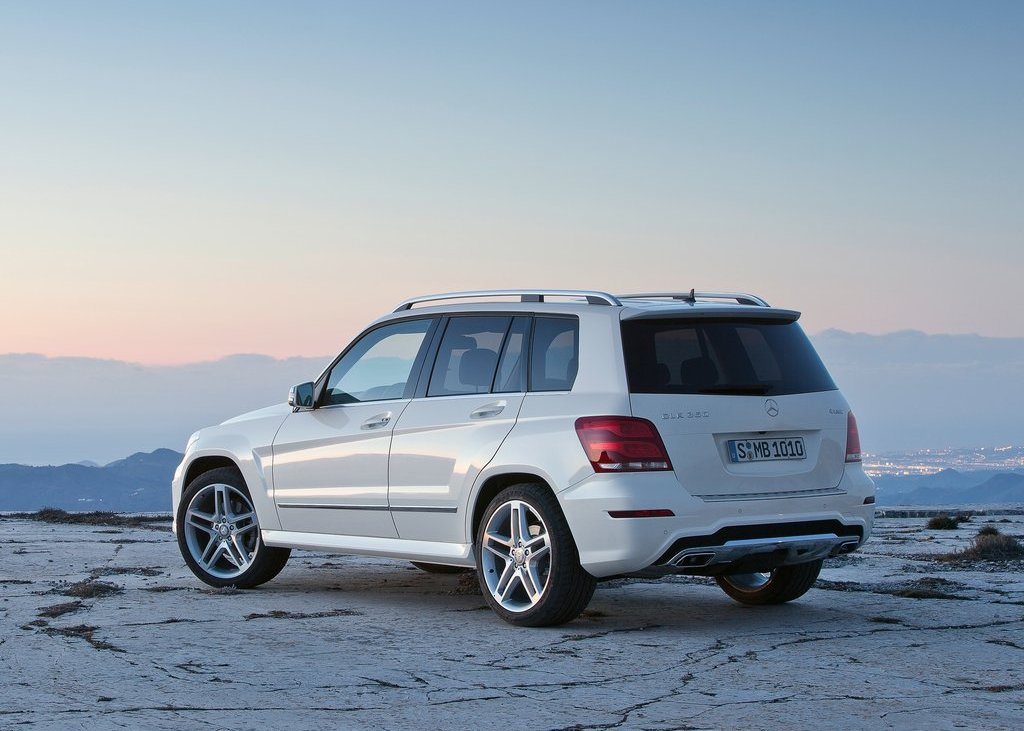 2013 Mercedes Benz GLK Class Rear Angle (View 16 of 21)
