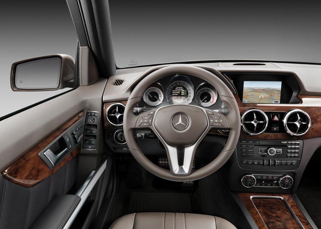 2013 Mercedes Benz GLK Class Room (Photo 15 of 21)