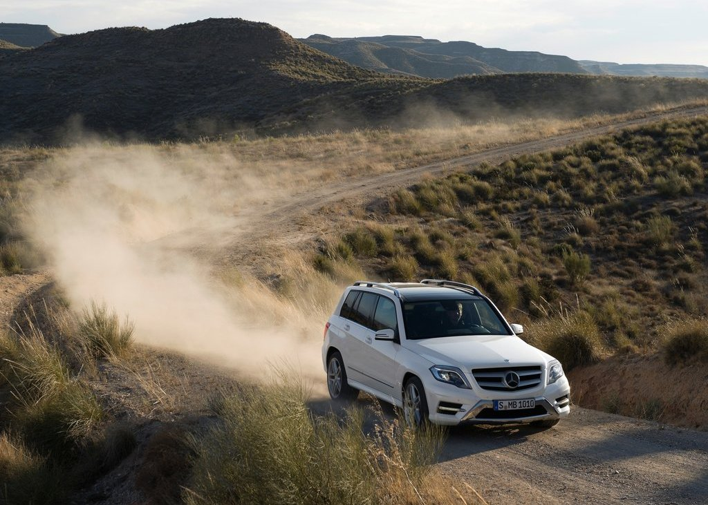 Featured Image of 2013 Mercedes Benz GLK Class Review