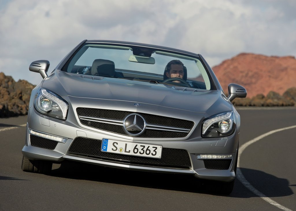 2013 Mercedes Benz SL63 AMG Front (Photo 6 of 15)