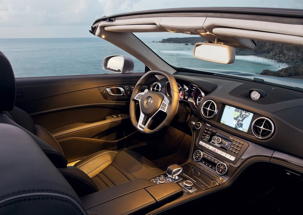 2013 Mercedes Benz SL63 AMG Interior (Photo 10 of 15)