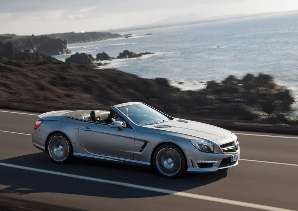 Featured Image of 2013 Mercedes Benz SL63 AMG Review