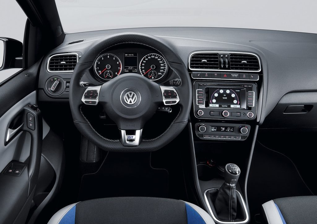 2013 Volkswagen Polo BlueGT Interior (Photo 4 of 8)