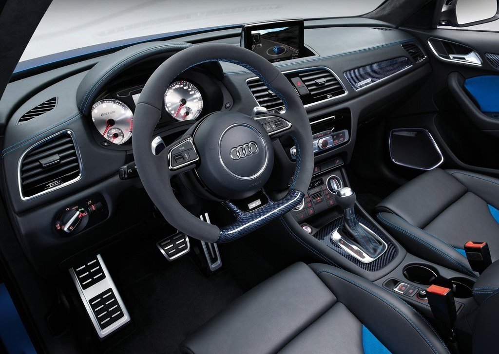 2012 Audi RS Q3 Interior (Photo 7 of 14)
