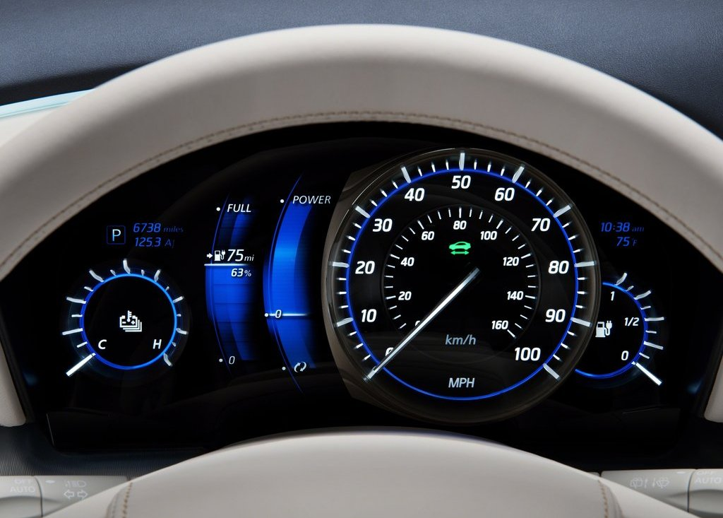2012 Infiniti LE Speedometer (Photo 12 of 13)