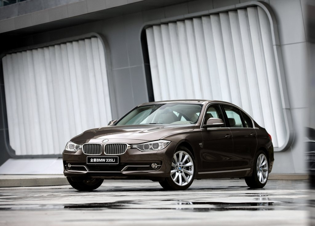 2013 BMW 3 Series Long Wheelbase (Photo 1 of 15)