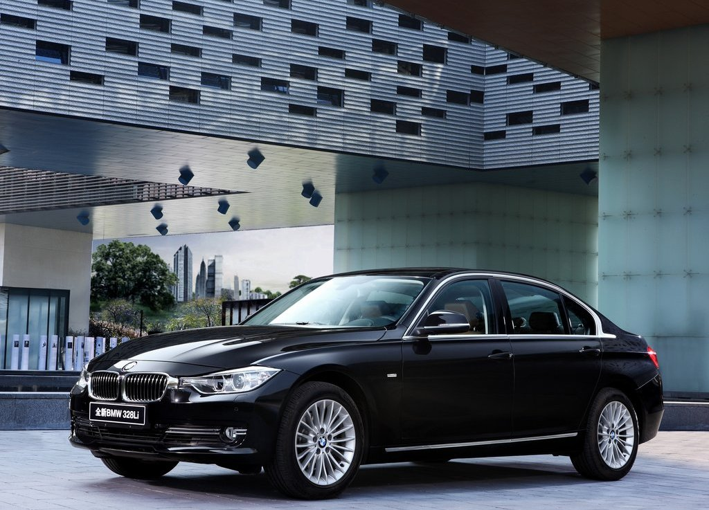 Featured Image of 2013 BMW 3 Series Long Wheelbase