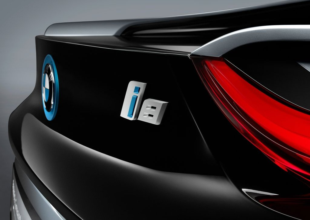 2013 BMW I8 Spyder Logo (Photo 12 of 17)