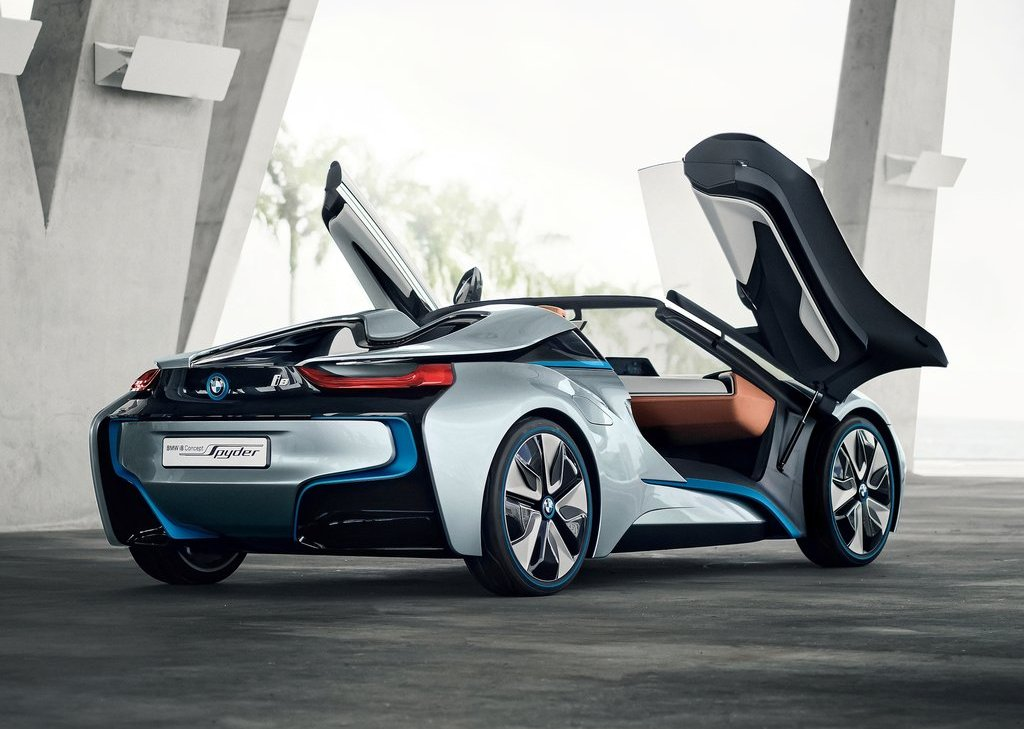 2013 BMW I8 Spyder Rear (Photo 13 of 17)