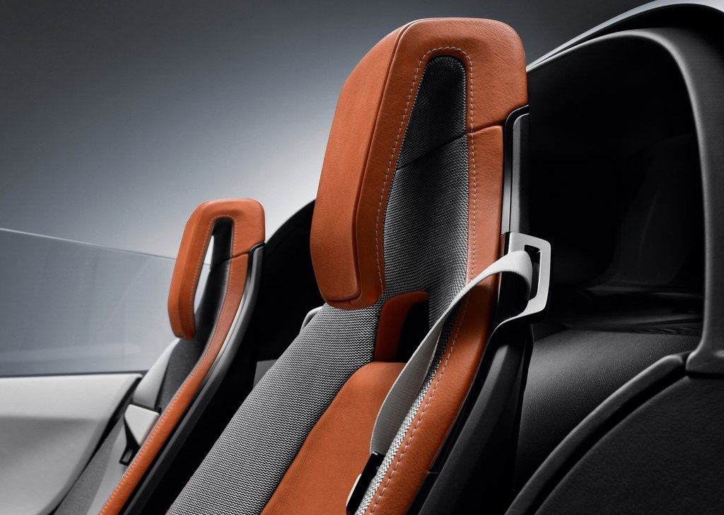2013 BMW I8 Spyder Seat (Photo 15 of 17)