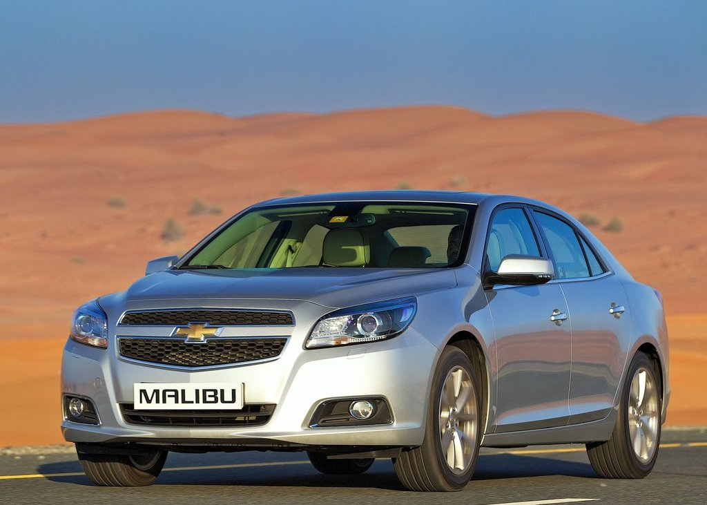 2013 Chevrolet Malibu (View 2 of 28)