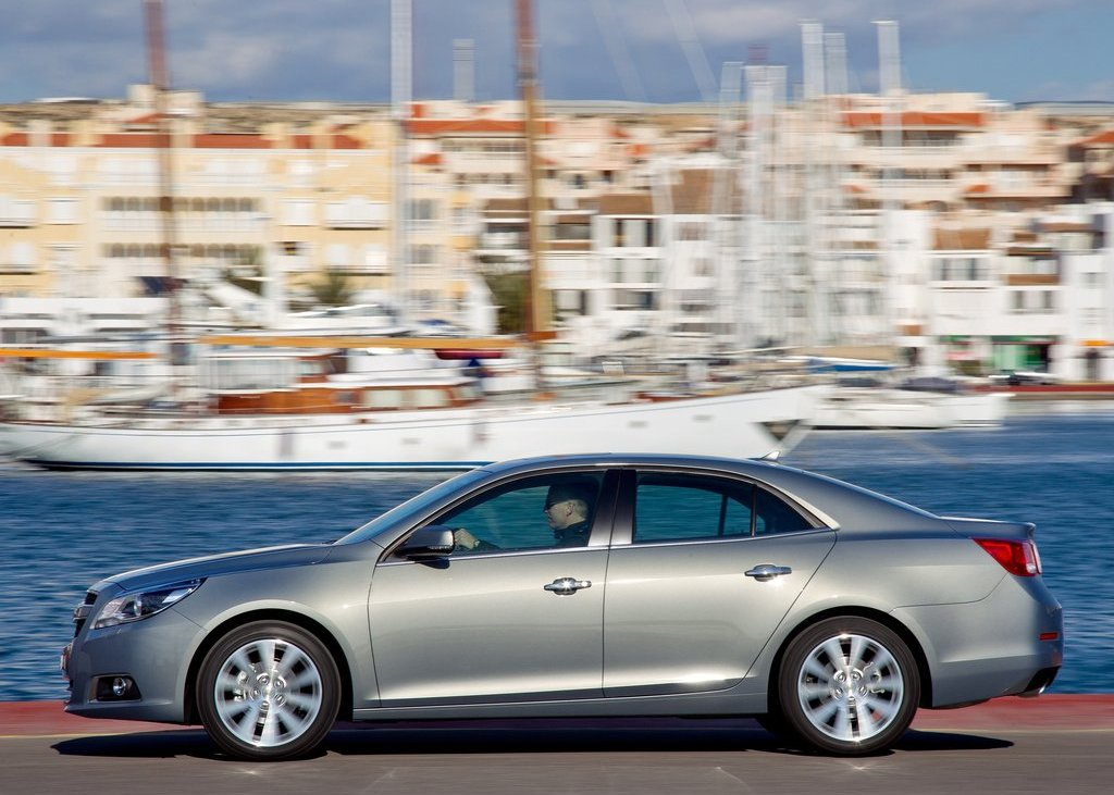 2013 Chevrolet Malibu Left Side (View 18 of 28)