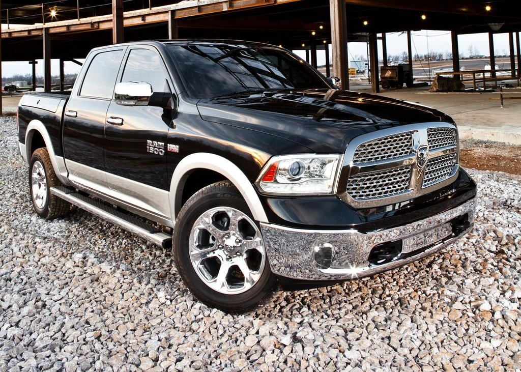 2013 Dodge Ram  (Photo 3 of 18)