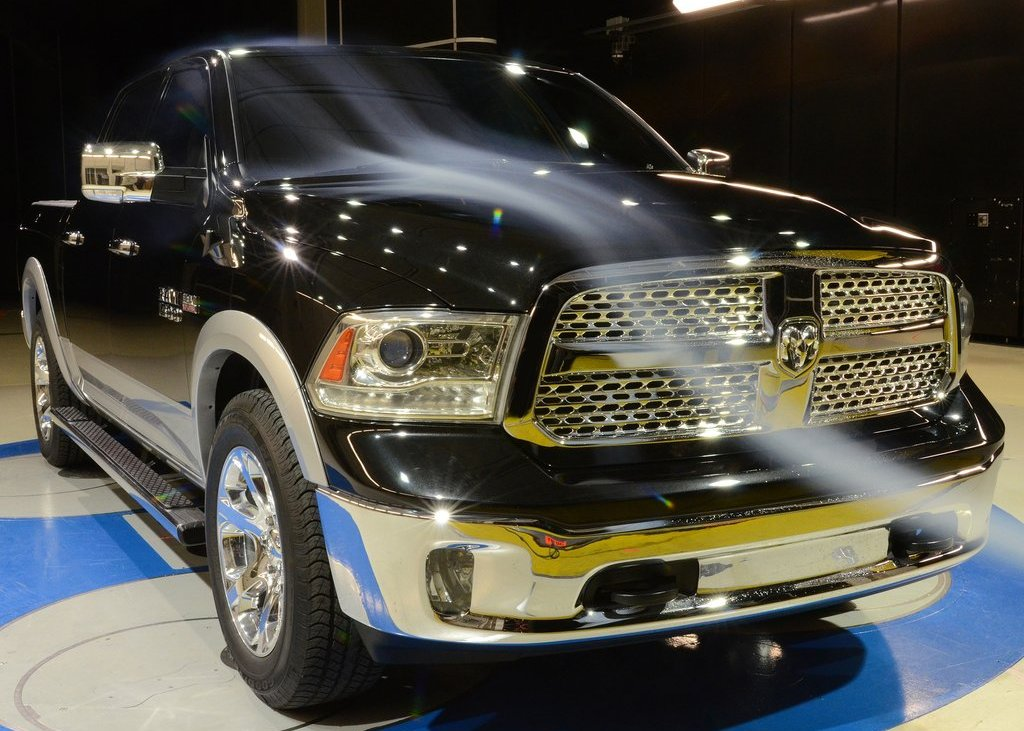 2013 Dodge Ram 1500 Aerodinamics (Photo 4 of 18)