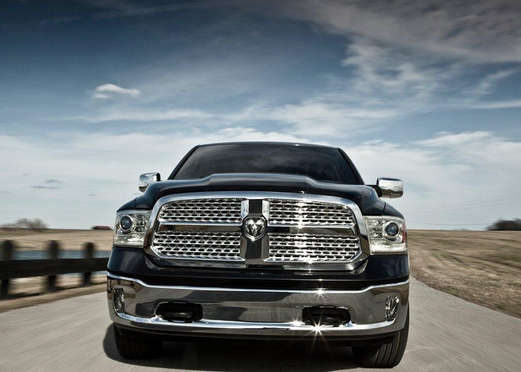 2013 Dodge Ram 1500 Front View (Photo 9 of 18)