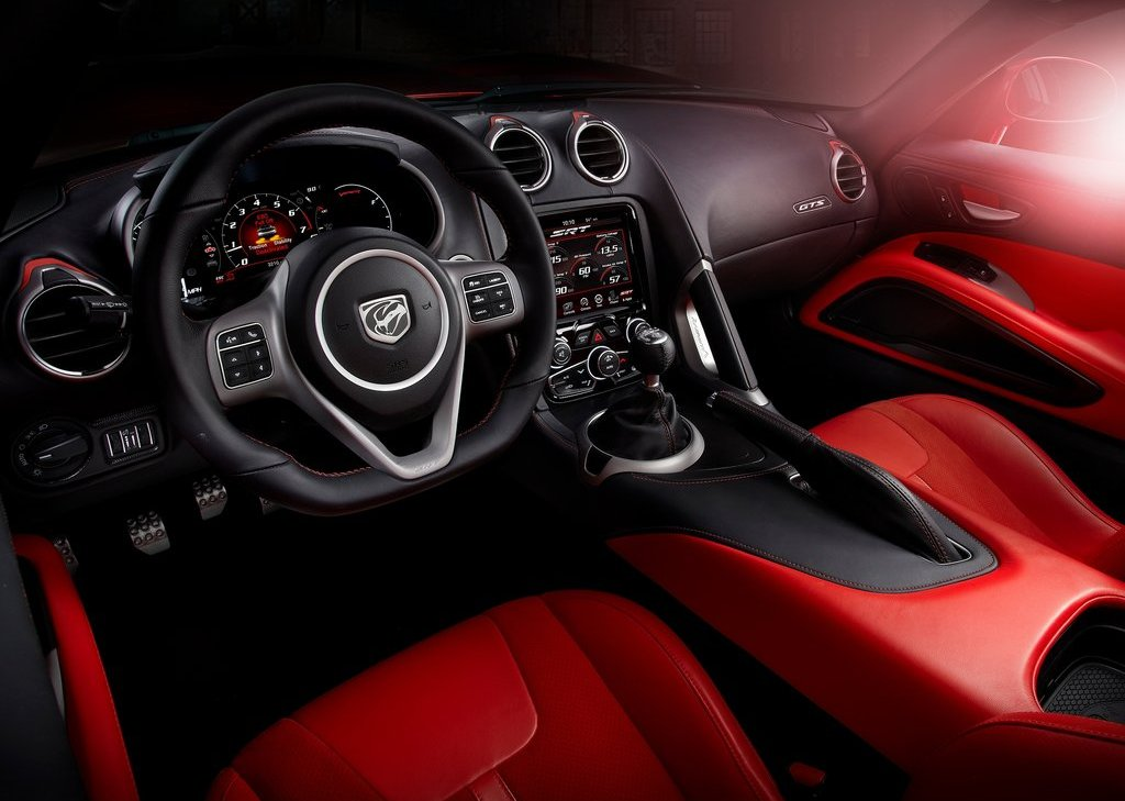 2013 Dodge SRT Viper GTS Interior (Photo 7 of 18)