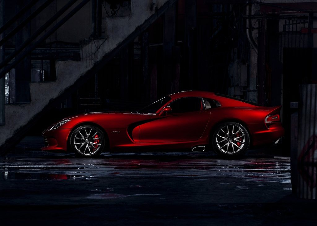 2013 Dodge SRT Viper GTS Left Side (View 8 of 18)