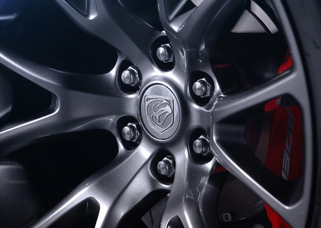 2013 Dodge SRT Viper GTS Wheels (Photo 18 of 18)