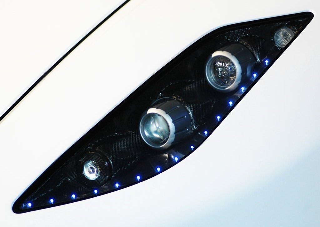 2013 GTA Spano Head Lamp (Photo 9 of 19)