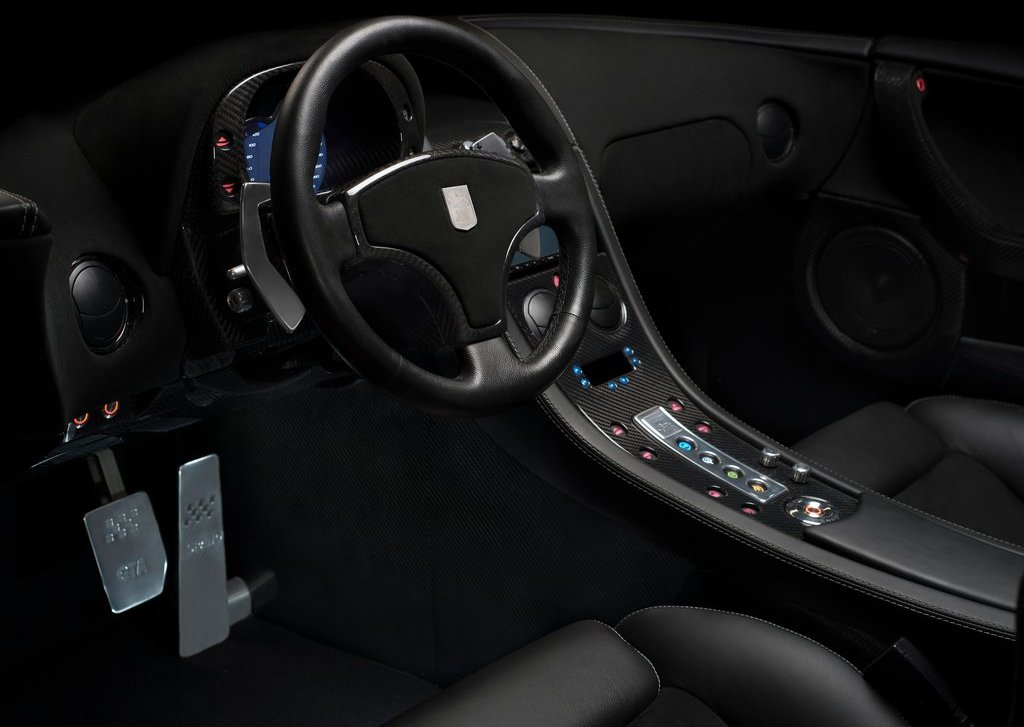 2013 GTA Spano Interior (Photo 11 of 19)