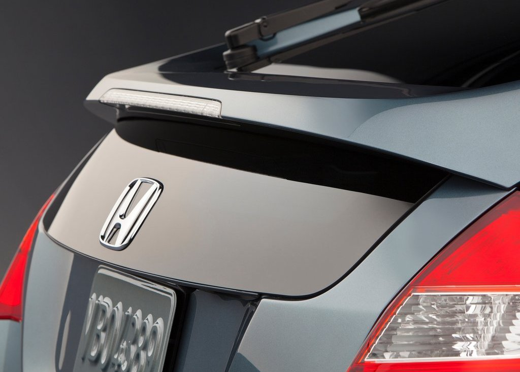 2013 Honda Crosstour Behind (View 1 of 10)