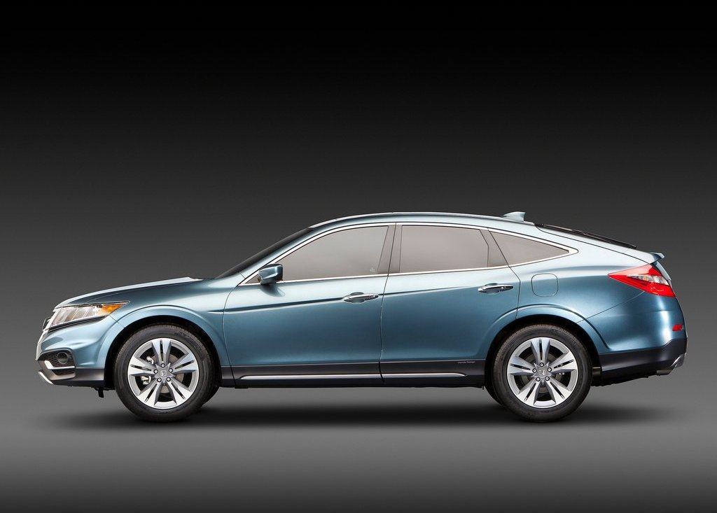 2013 Honda Crosstour Side (View 9 of 10)