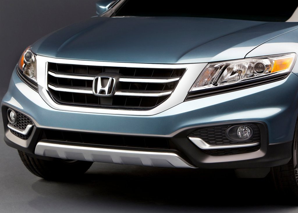 2013 Honda Crosstour (Photo 1 of 10)