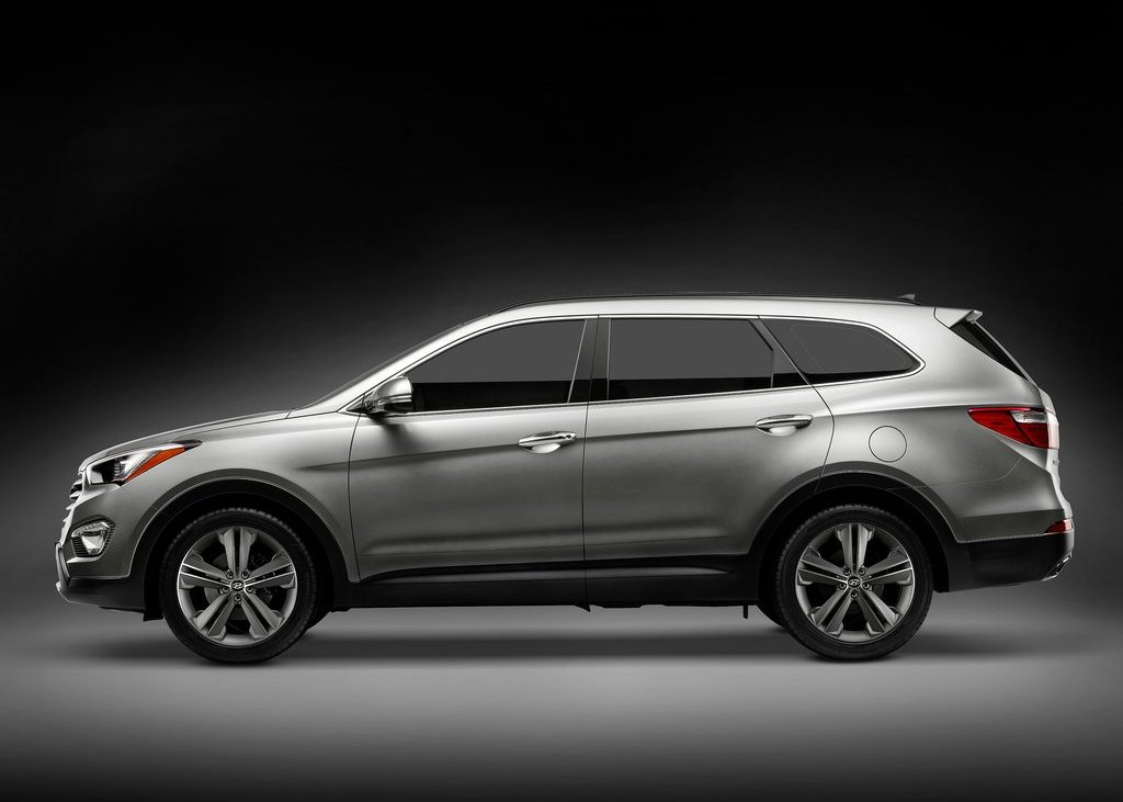 2013 Hyundai Santa Fe Side (View 4 of 5)