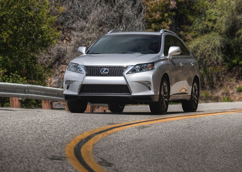 2013 Lexus RX 350 F Sport Front Angle (Photo 6 of 19)
