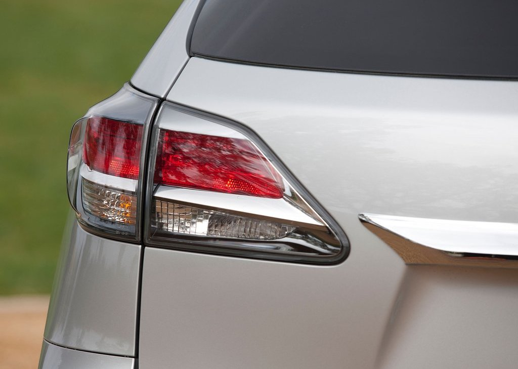 2013 Lexus RX 350 F Sport Tail Lamps (Photo 17 of 19)