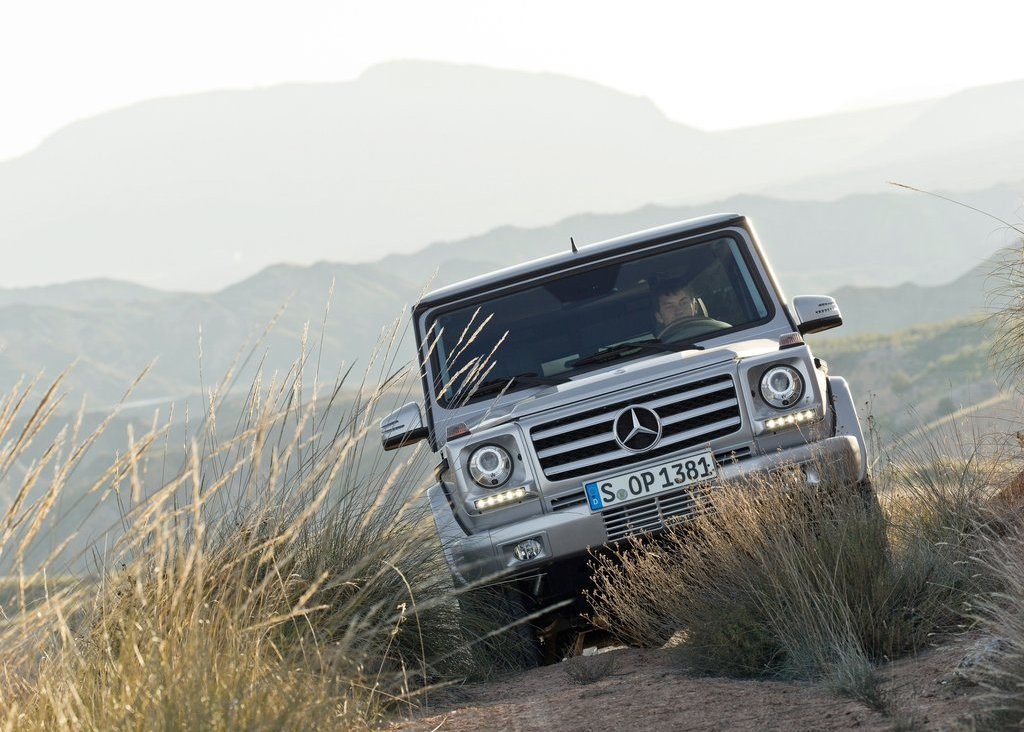 2013 Mercedes Benz G Class Front View (Photo 4 of 12)