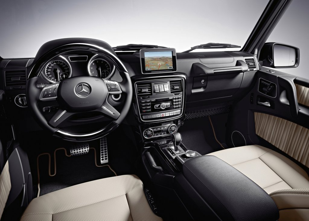 2013 Mercedes Benz G Class Interior (Photo 6 of 12)